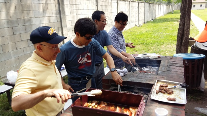 Yongsan Traditional Protestant Congregation Picnic Worship